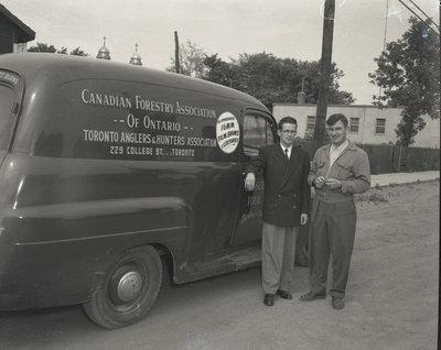 Un véhicule de commerce Forestière / A commercial Forestry vehicle.