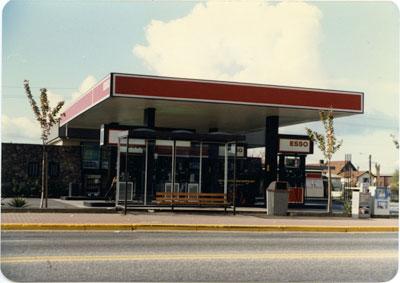 Esso Service Station