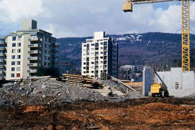 Construction on Bellevue Avenue