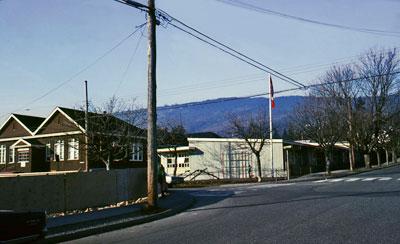 Hollyburn School
