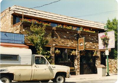 Troller Pub