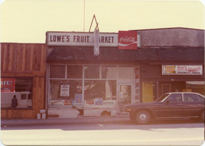 Lowe's Fruit Market