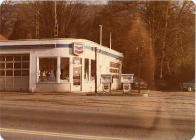 Chevron Service Station