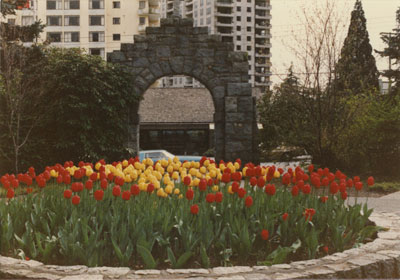 Memorial Arch with Tulips