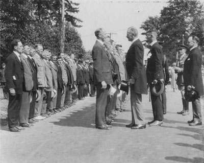 Inspection Ceremony, Memorial Arch