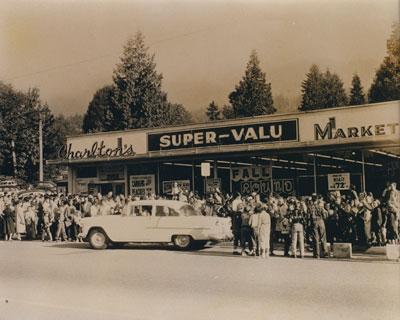 Charlton's Super-Market