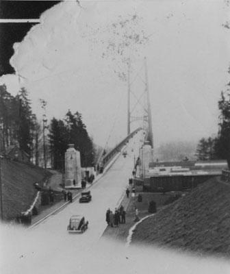 Lions Gate Bridge and Stanley Park Causeway