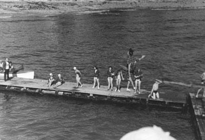 Dundarave Pier Swimming Regatta