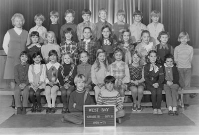 Mrs. Mould's Grade II & III Classes (1970-'71)