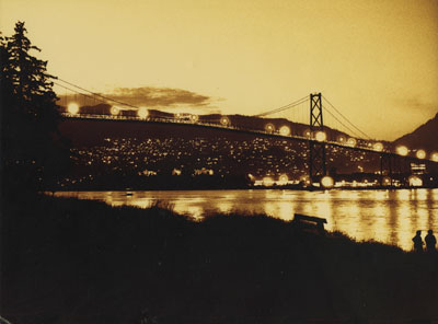 Lions Gate Bridge at night