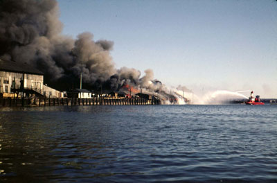 Fire at North Vancouver Pier