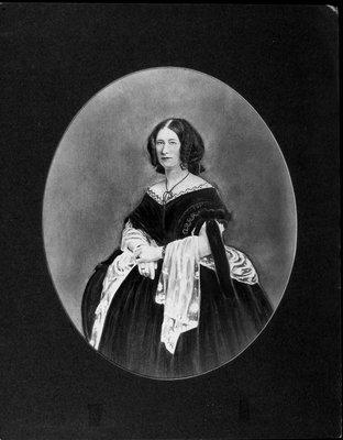 Portrait drawing of (?) Diana Ogilvy Irving (Hamley) (1863-1935), wife of Paulus Aemilius Irving (1857-1916), third son of Sir Aemilius Irving.  October 1914.