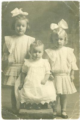 Mary, Estelle and Margaret Boppre (Beaupre) Portrait