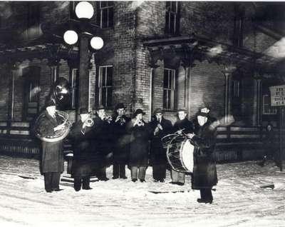 Little German Band, Waterloo