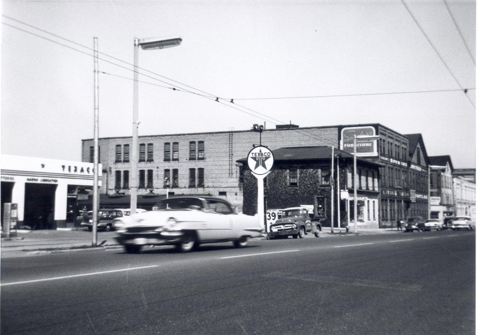 Texaco Station, Waterloo, Ontario: Waterloo Public Library Digital ...
