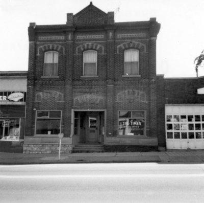 111 Dundas Street West, October 3, 1965