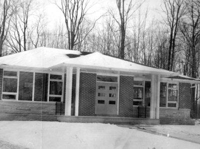8 Vipond Road, December 1960