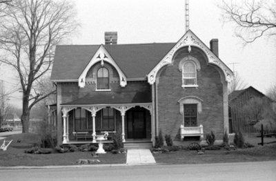 401 Centre Street South, April 1976