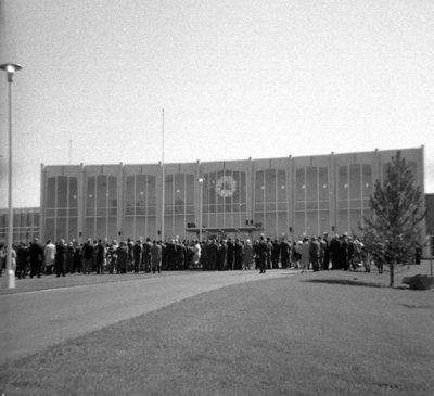 605 Rossland Road East, September 30, 1964