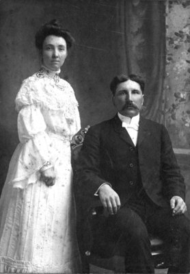 Hannah Margaret Smith and Robert Fletcher Clemence, ca.1904