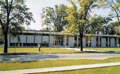405 Dundas Street West, 1962