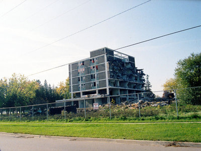 Whitby Mental Health Centre, April 2006