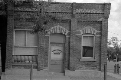 145 Brock Street South, October 2005