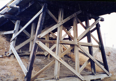 Rossland Road CPR Bridge, 2002