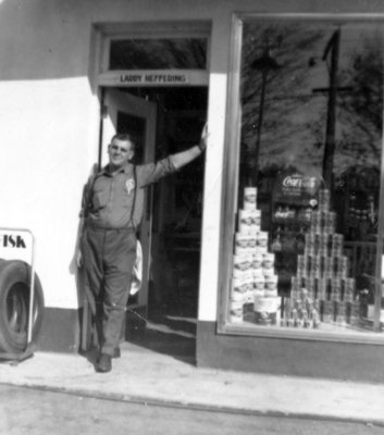 B & A Service Station, 1954
