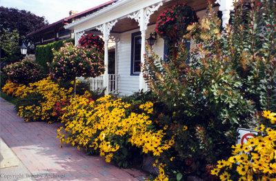 Jones Puckrin House at Cullen Gardens