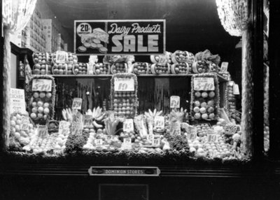 Fruit Window Display, Dominion Store, 1939