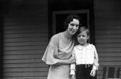 Unidentified Woman and Child, 1937