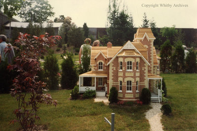 Red Brick Residence in the Miniature Village