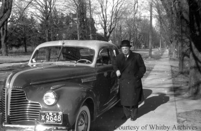 Eric Leach & New Car, c.1939