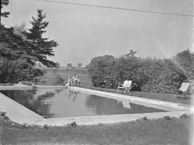 Swimming Pool at Inverlynn, 1946