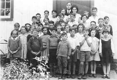 Class Photo, Myrtle Public School, 1933 or 1934