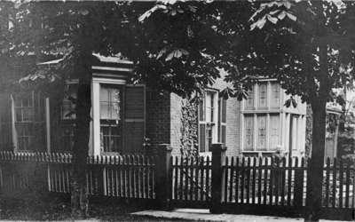 Residence of Frederick Richardson, c.1910