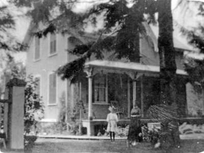 Unidentified Whitby House, c.1908.