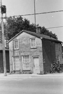 House on Byron Street, July 1975