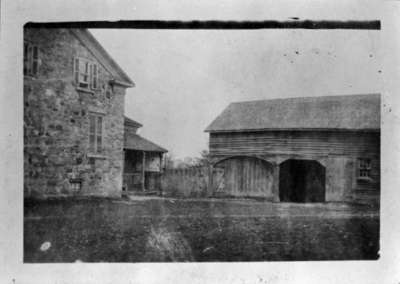 Sylvester Lynde Residence and Carriage Shed