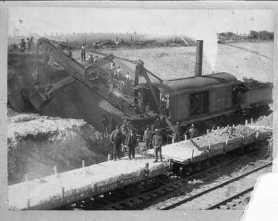 Construction of Canadian Northern Railway