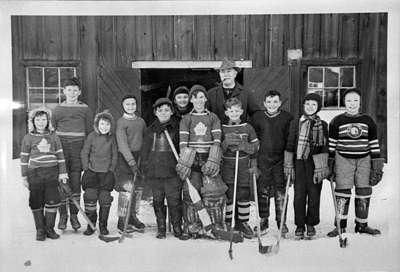 Town Line Pee Wee Hockey Team, 1948