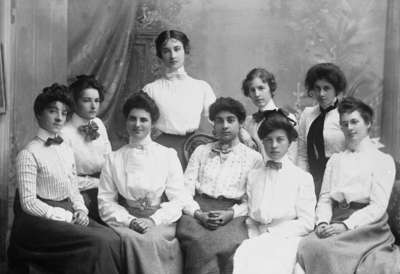 Class of Girls from Whitby Collegiate Institute, c.1898