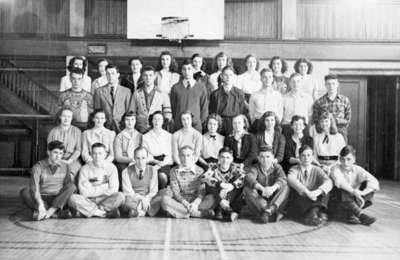 Whitby Collegiate Institute Grade Twelve Class, 1947-1948