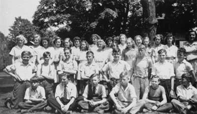 King Street School Grade Eight Class, 1942-1943