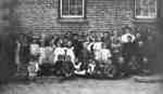 Almonds Town Line Public School Class, 1907