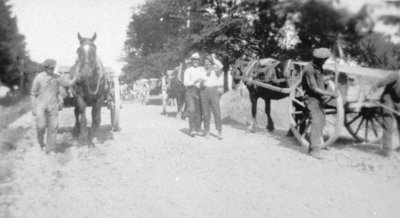 Paving Kingston Road, 1923