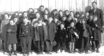 Myrtle Public School Class, 1940