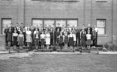 Whitby High School Grade 11 and Commercial Classes, 1939