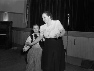 Whitby Modern Players - Variety Show 1948 (Image 13 of 16)